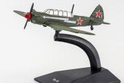 Самолет Як-18 (1/86)