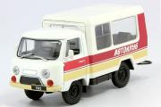 УАЗ-3303 (Т12.01 Кубанец) 'Автоклуб', белый/красный (1/43)