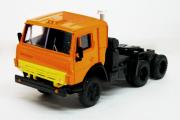 Камаз-5410 седельный тягач, оранжевый (1/43)
