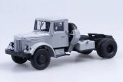 МАЗ-200В седельный тягач, серый (1/43)