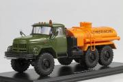 ЗИЛ-131 АЦ-4,0 цистерна 'Огнеопасно', хаки/оранжевый (1/43)