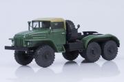 Урал-375С седельный тягач (тентованная кабина), хаки (1/43)