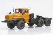 Урал-44202-0311-31 седельный тягач (ЯМЗ-238), оранжевый (1/43)