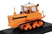 Трактор ДТ-75 гусеничный второго поколения 1964, оранжевый (1/43)