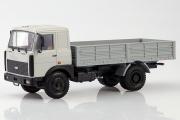 МАЗ-53371 бортовой поздний 1991, серый (1/43)