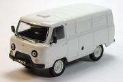 УАЗ-3741 фургон, белый (1/43)