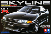 Автомобиль Nissan Skyline GT-R (1/24)