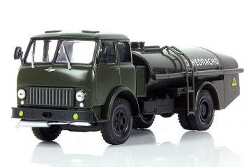 МАЗ-500Б топливозаправщик ТЗ-7,5 'Огнеопасно', хаки (1/43)
