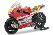Мотоцикл Ducati Desmosedici GP11 №46 Valentino Rossi, красный (1/18)