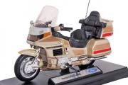 Мотоцикл Honda Gold Wing, золотой (1/18)