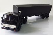 КАМАЗ-5410 тягач с полуприцепом ОДАЗ-9370 с тентом, черный (1/43)