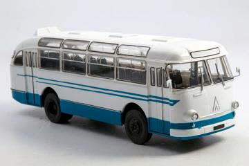 Автобус ЛАЗ-695Е городской, белый/синий (1/43)