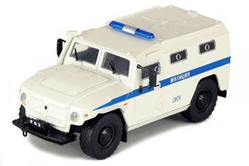 Горький-233036 'Тигр' Полиция, белый/синий (1/43)