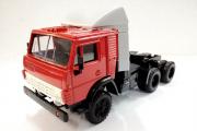 КАМАЗ-54112 седельный тягач со спойлером, красный (1/43)