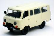УАЗ-452В, бежевый (1/43)