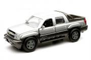 Chevrolet Avalanche 2002, серебристый (1/32)