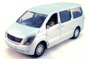 Hyundai Grand Starex, серебристый (1/32)