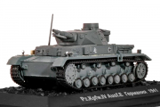 Танк Pz.Kpfw. IV Ausf.E 1941 (окрас Вермахта) (1/72)