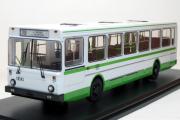 Автобус ЛиАЗ-5226 городской, зеленый/белый (1/43)