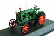 Трактор ВТЗ Универсал 1934, зеленый (1/43)