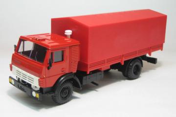 КАМАЗ-5325 бортовой с тентом, красный (1/43)