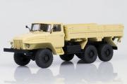 Урал-375Н бортовой 1974, бежевый (1/43)