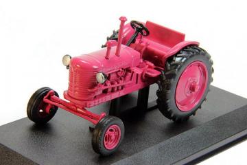 Трактор ДТ-24.2 1956, красный (1/43)