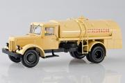МАЗ-200 ТЗ-200 топливозаправщик 'Огнеопасно', бежевый (1/43)