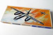 Самолет IL-28 (Ил-28) (made in GDR). Уценен (1/100)