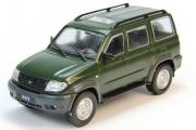 УАЗ-3163 'Патриот' (UAZ Patriot), темно-зеленый (1/43)