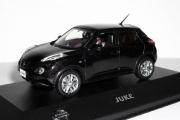 Nissan Juke (кроссовер 4х4) 2010, черный (1/43)