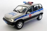 Chevrolet Niva Полиция ДПС, серебристый/синий (Ручная доработка) (1/43)