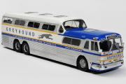 Автобус GM PD-4501 Greyhound Scenicruiser USA 1956, серебристый/синий (1/43)