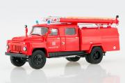 АЦ-30 (53) пожарная цистерна, красный. В боксе, резина Маэстро (1/43)