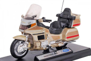 Мотоцикл Honda Gold Wing, золотой (1/18)