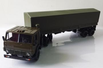 КАМАЗ-5410 тягач с п/пр ОДАЗ-9370 с тентом, хаки (1/43)