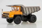 БЕЛАЗ-7522 ранний карьерный самосвал, оранжевый/серый (1/43)