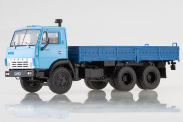 КАМАЗ-5320 бортовой, голубой/синий (1/43)