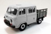 УАЗ-39094 'Фермер' бортовой без тента, серый металл (1/43)