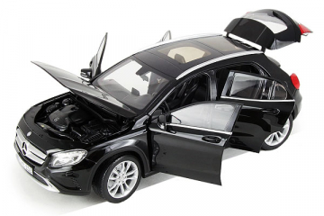 Mercedes-Benz GLA-Classe (X156) 2014, черный (1/18)
