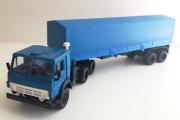 КАМАЗ-5410 тягач с п/пр ОДАЗ-9370 с тентом, синий (1/43)