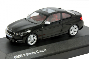 BMW 2er Coupe F22, черный (1/43)