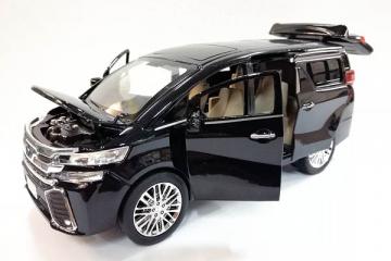 Toyota Alphard New минивэн (свет, звук), черный (1/24)