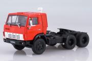 КАМАЗ-54112 седельный тягач, красный (1/43)