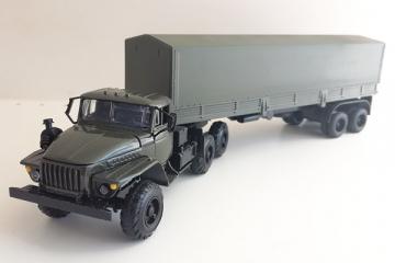 Урал-44202 тягач с полуприцепом ОДАЗ-9370 с тентом, хаки (1/43)