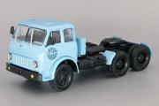 МАЗ-515 седельный тягач 6х4, голубой (1/43)