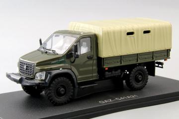 ГАЗон С41А21 бортовой с тентом 4х4, хаки/бежевый (1/43)