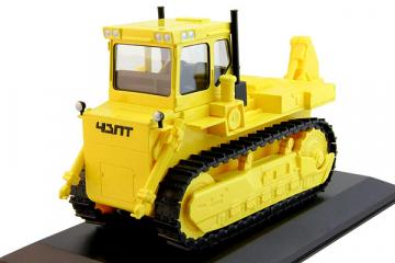 Трактор Т-330 гусеничный, желтый (1/43)