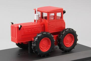 Трактор ТК-4, красный (1/43)