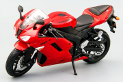 Мотоцикл Kawasaki ZX-6R, красный (1/12)